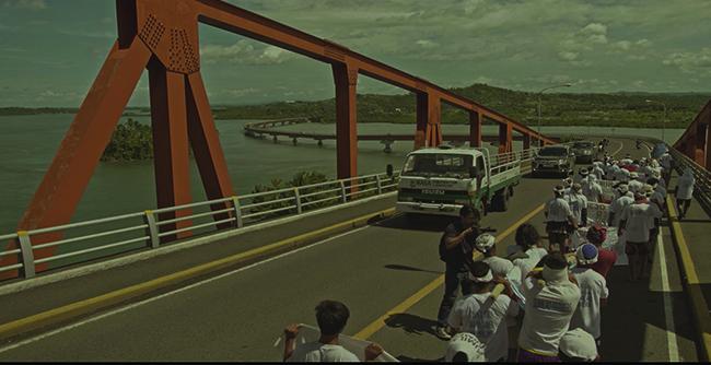 『それぞれの道のり』監督:ブリランテ・メンドーサ、ラヴ・ディアス、キドラット・タヒミック(2018年/フィリピン/118分)